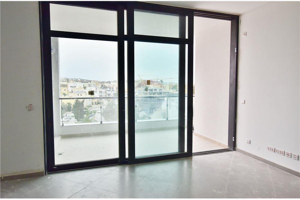 St . Julians - Two bedroom apartment